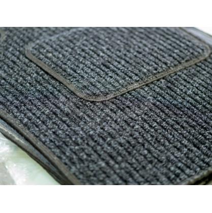 Автомобильные коврики текстильные
